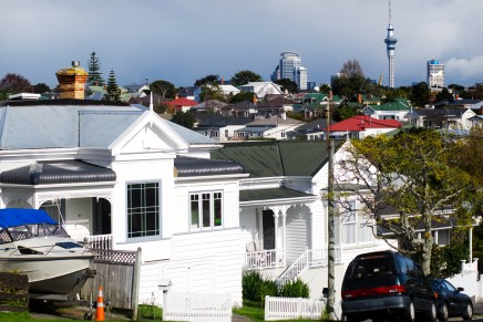 Average Auckland property prices top NZ$1 million